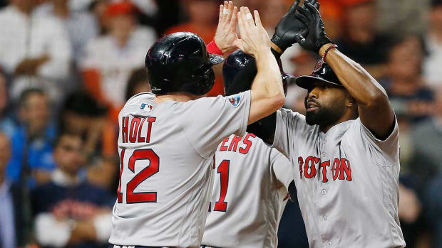 red-sox-win-alcsgame3.jpg