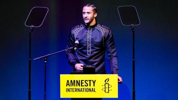 Colin Kaepernick Receives Amnesty International's Highest Honor--IMAGE