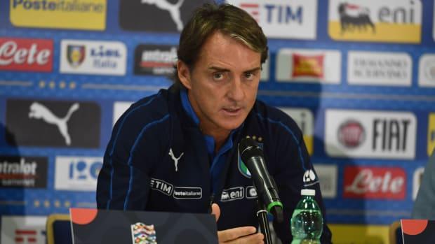 roberto-mancini-italy-roster.jpg