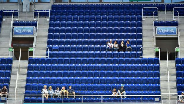 mets-marlins-empty-seats-attendance.jpg