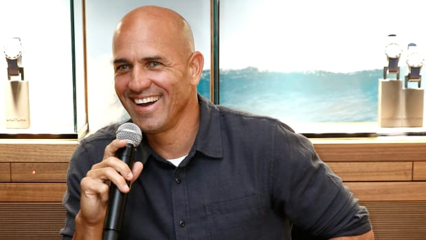 kelly-slater-breitling-catchup-lead.jpg