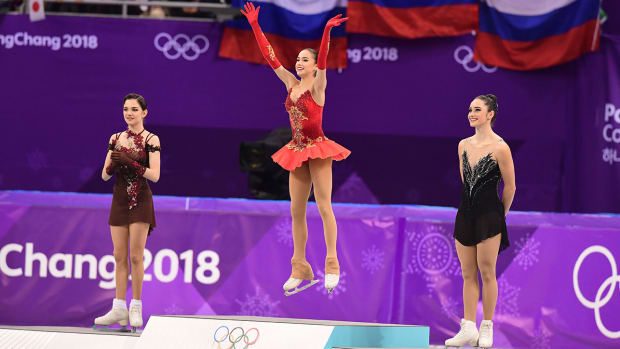 russia-wins-first-gold-skating.jpg