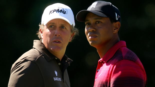 tiger-woods-phil-mickelson-ppv.jpg