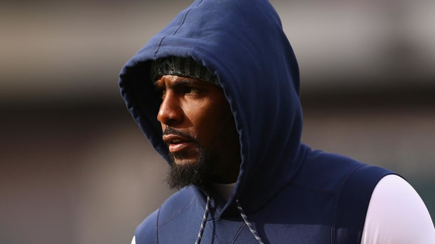 Report: Saints Fear Dez Bryant Tore Achilles at Practice - IMAGE