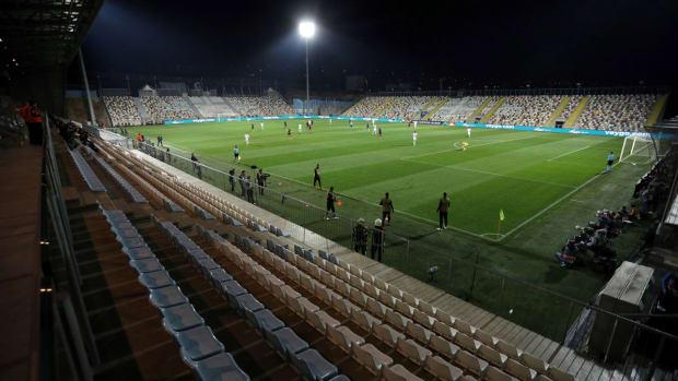 croatia-england-empty-stadium.jpg