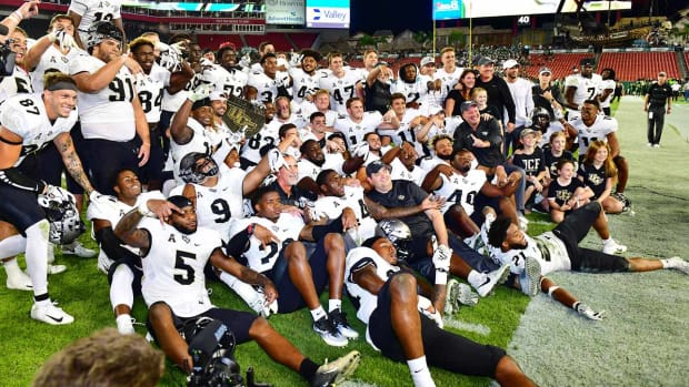 ucf-college-football-playoff-mckenzie-milton-national-champions.jpg