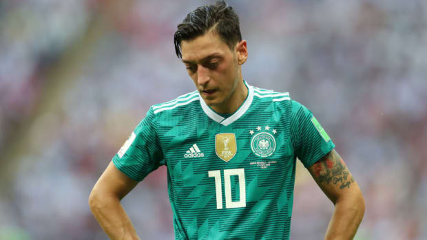 korea-republic-v-germany-group-f-2018-fifa-world-cup-russia-5b558db942fc331dd9000035.jpg