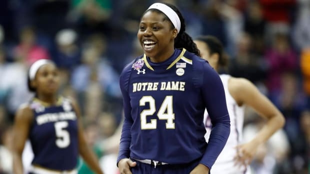 Arike Ogunbowale Wins National Championship For Notre Dame On Buzzer Beater - IMAGE