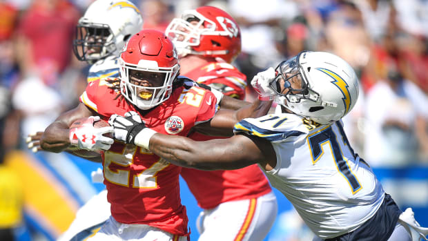 kareem-hunt-week-3-dfs-values.jpg