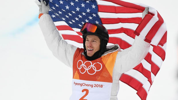 Shaun White Wins Third Olympic Gold Medal in Men's Halfpipe - IMAGE