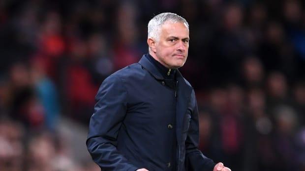 mourinho-united-newcastle.jpg