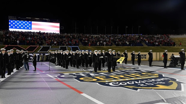 navy-midshipmen-nhl-stadium-series-1300.jpg