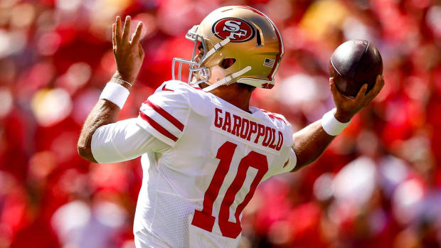 49ers QB Jimmy Garoppolo Suffers Non-Contact Knee Injury--IMAGE