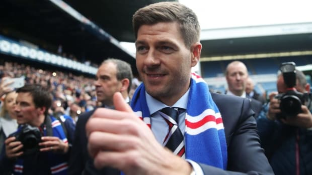 steven-gerrard-is-unveiled-as-the-new-manager-at-rangers-5b0565283467ac1482000005.jpg