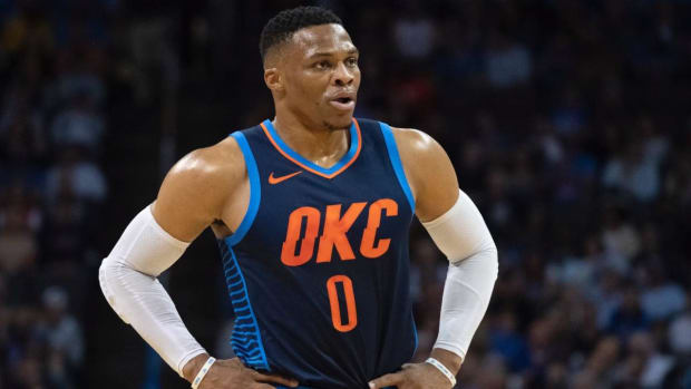 Russell Westbrook's Ankle Injury Not As Bad As it Looked, Sprain Confirmed--IMAGE