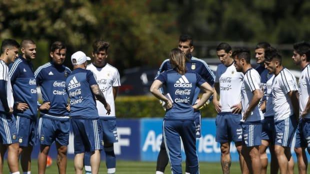 argentina-training-session-5afc3ca57134f64883000001.jpg