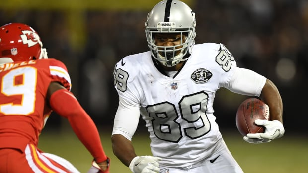 amari-cooper-raiders-trade-cowboys.jpg