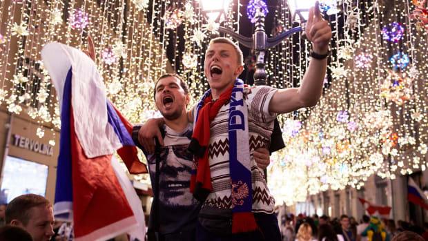 russia-celebrates-topper.jpg