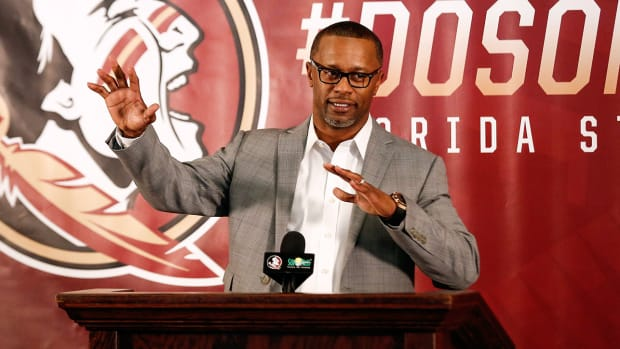 willie-taggart-florida-state-oregon-signing-day.jpg