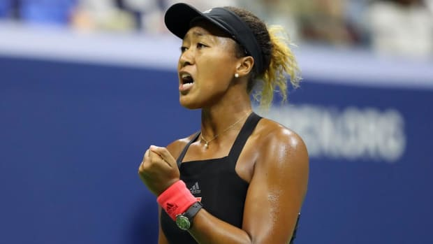 Naomi Osaka Defeats Serena Williams in Straight Sets to Win Dramatic U.S. Open Final - IMAGE