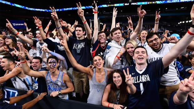 villanova-students.jpg
