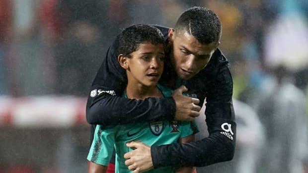 portugal-v-algeria-international-friendly-5b34b58b73f36cbef0000066.jpg