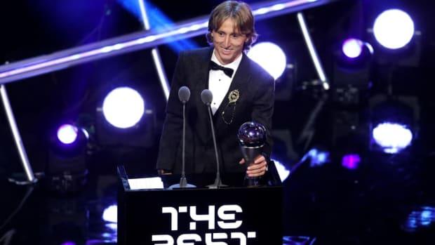 the-best-fifa-football-awards-show-5ba9fa004e673e0786000002.jpg
