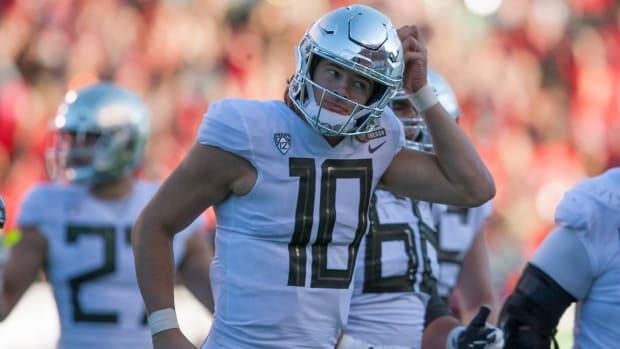 Oregon's Justin Herbert Alters Upcoming NFL Draft By Deciding to Return for Senior Season