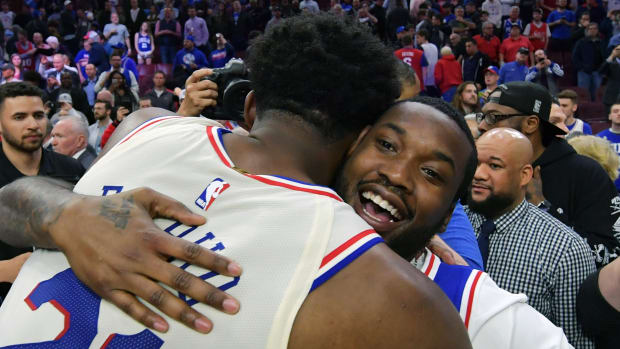 wednesday-hot-clicks-free-meek-mill-sixers-playoffs-video.jpg