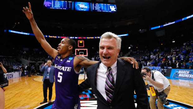 Kansas State, Loyola-Chicago to Play in First Ever #9 vs #11 Matchup in Elite Eight - IMAGE