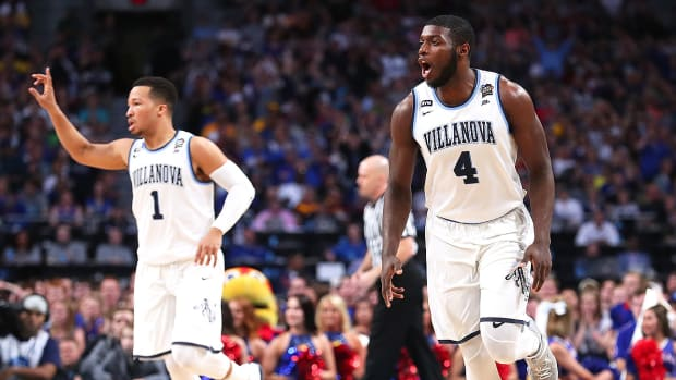 villanova-beats-kansas-eric-paschall-final-four.jpg