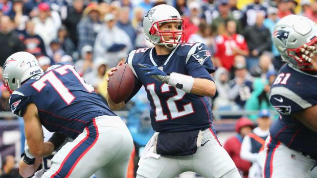 tom-brady-patriots-odds-center.jpg