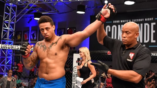 Greg Hardy Will Sign With UFC After Knocking Out Austen Lane to Win Pro MMA Debut - IMAGE