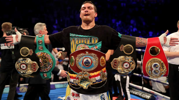 oleksandr-usyk-fighter-of-year.jpg