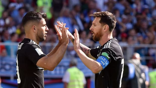 argentina-v-iceland-group-d-2018-fifa-world-cup-russia-5b2551423467ac8beb000003.jpg