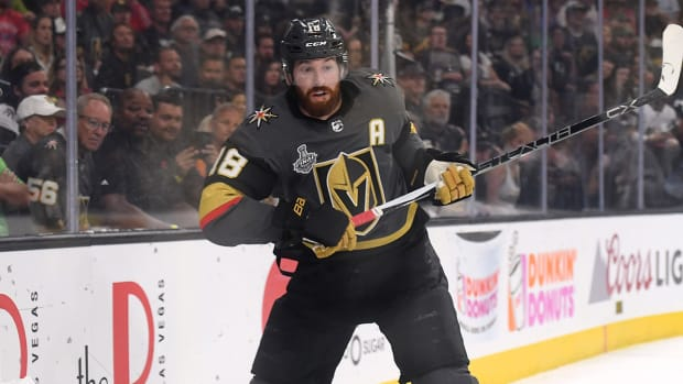 james-neal-golden-knights-flames-free-agency-contract.jpg
