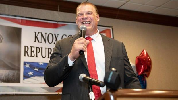 glenn-jacobs-kane-elected-mayor.jpg