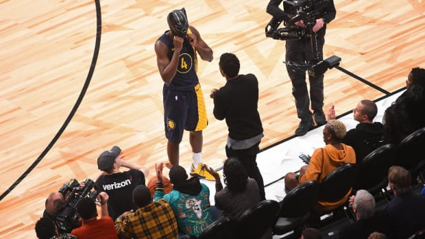 Jazz Guard Donovan Mitchell Wins 2018 Slam Dunk Contest--IMAGE