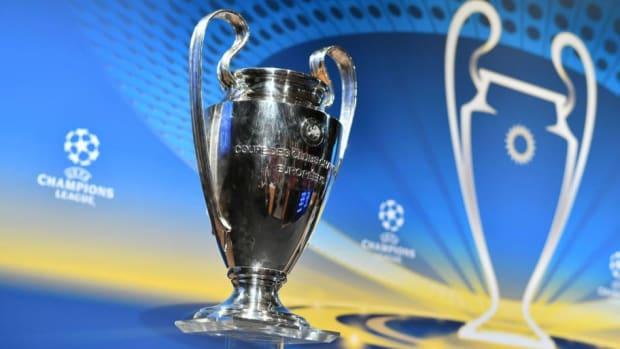 fbl-eur-c1-draw-trophy-5b87ccffccb569742a000002.jpg