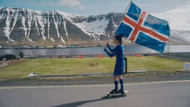 iceland-world-cup-hannes-thor-halldorsson-coca-cola-commercial-video.png