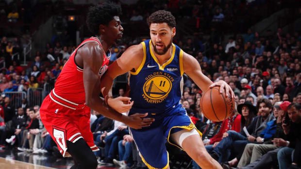 Warriors' Klay Thompson Sets NBA Record With 14 Three-Pointers in Rout of Bulls--IMAGE