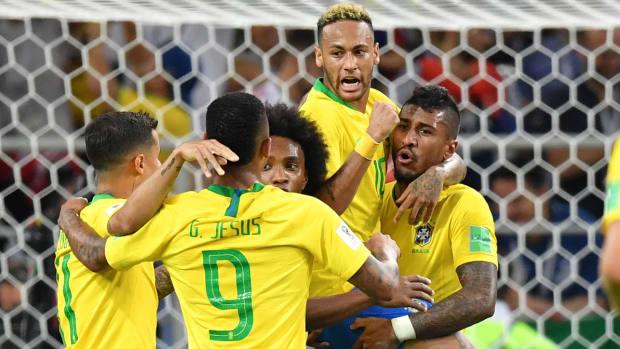 paulinho-neymar-brazil-serbia-world-cup.jpg