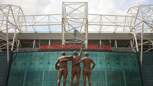manchester-united-trinity-statue-unveiled-5b0d59bef7b09d2609000001.jpg