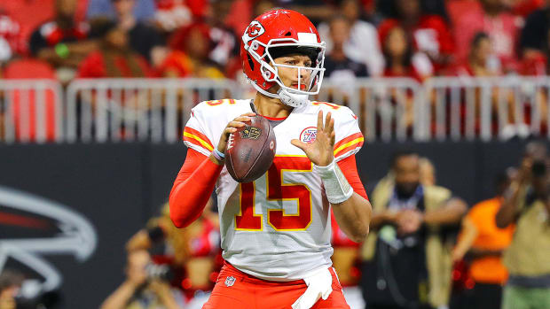 patrick-mahomes-chiefs-2018-team-preview.jpg