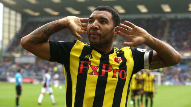 burnley-fc-v-watford-fc-premier-league-5ba4e7b6436ed1035000000c.jpg