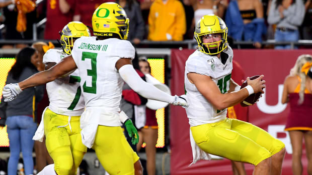 justin-herbert-top-10-oregon