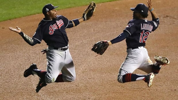 Indians Win AL-Record 21st Straight Game  - IMAGE