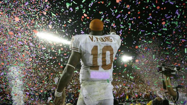 vince-young-texas-usc.jpg