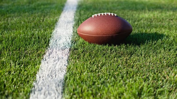 High School Football Player on Long Island Dies During Practice Drill--IMAGE