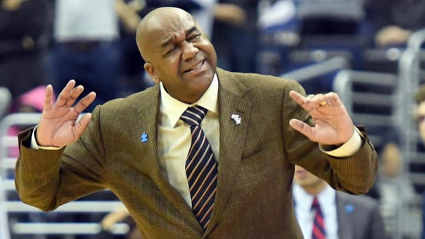 Georgetown fires head coach John Thompson III after 13 years - IMAGE